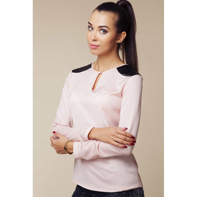 Bluza Ambigate roz cu insertii negre matlasate la nivelul umerilor