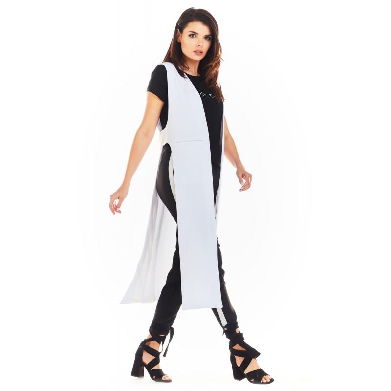 Vesta dama lunga alba cu decupaje decorative