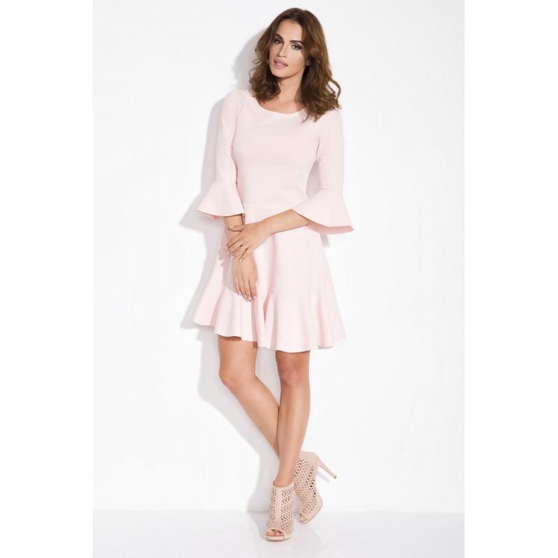 Rochie roz lungime medie cu croi lejer si maneci clopot
