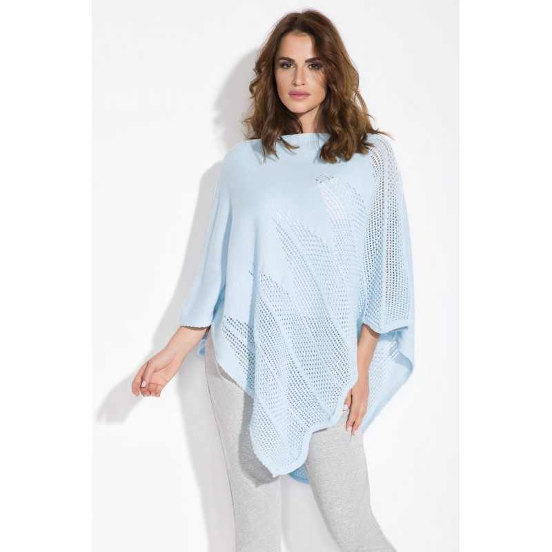 Poncho super trendy tricotat asimetric skyblue
