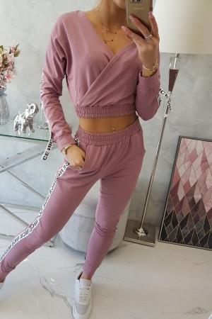 Trening roz cu bluza scurta si banda elastica