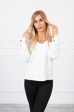 Pulover dama alb cu butoni decorativi
