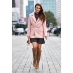 Palton roz dama cambrat cu butoni decorativi