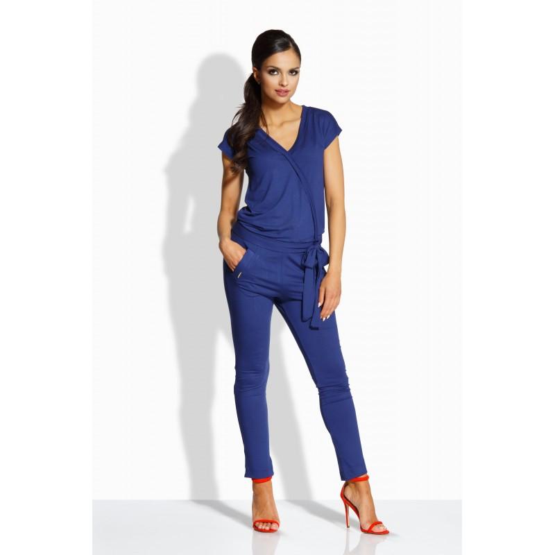 Salopeta dama cu aspect petrecut si pantaloni trei sferturi bleumarin