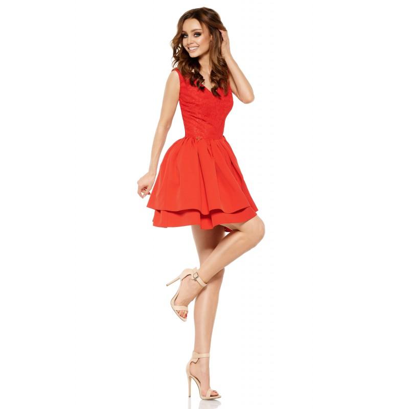 Rochie de seara rosie cu dantela la nivelul corsetului