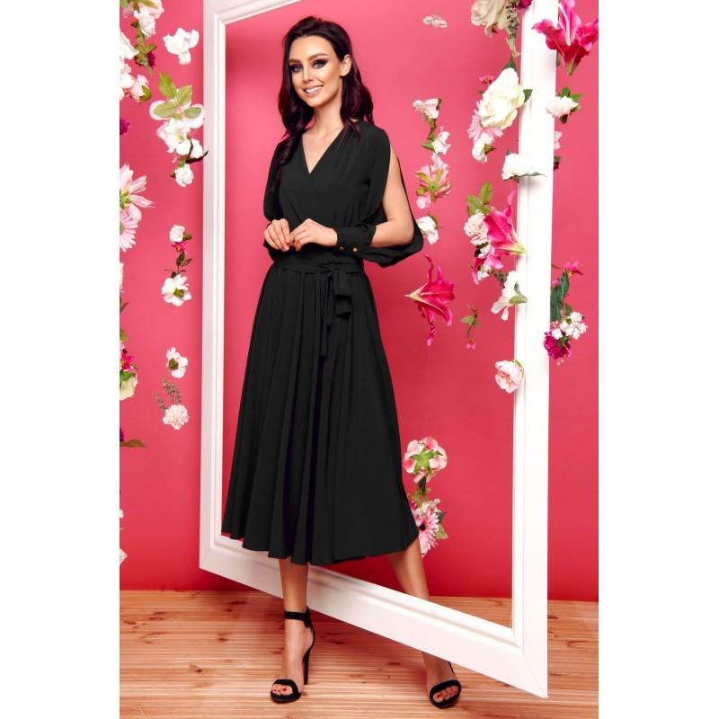Rochie lunga cu maneci decupate si cordon neagra